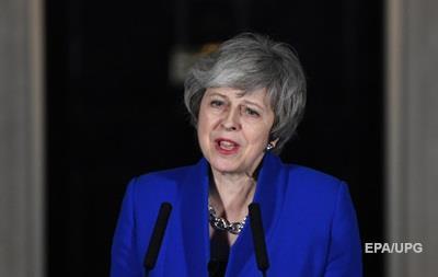 Мэй призвала все партии Британии к объединению