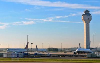 Дрони блокували роботу аеропорту у США