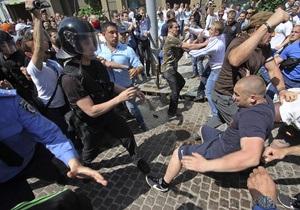 Ъ: Милиция установила личности еще двух нападавших на журналистов 18 мая в Киеве