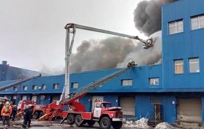 Названа причина масштабного пожара на складах в Киеве