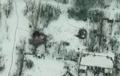 Азов показав відео знищення БМП сепаратистів