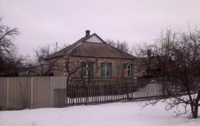 На Донбассе из гранатометов обстреляли поселок Травневое