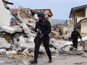 Число жертв землетрясения в Италии достигло 294 человек