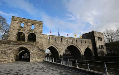У Бельгії знесуть міст XIII століття