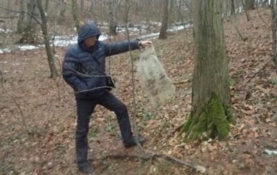 У лісі під Львовом знайшли 50 кг ртуті: знахідці 30 років