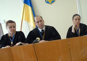 Суд по делу Луценко объявил перерыв: одному из судей стало плохо