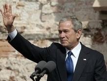 Буш рад решению НАТО в отношении Украины