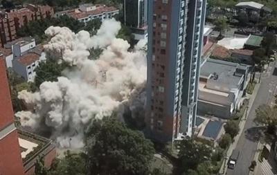 З явилося відео підриву будинку знаменитого наркобарона в Колумбії