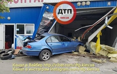 Засуджено водія, який збив на смерть працівника автомийки в Києві
