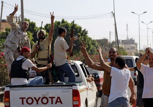 Повстанцы объявили о захвате одного из оплотов Каддафи