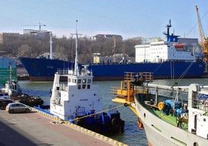 Автомобили для выкупа задержанных в Ливии украинских моряков отбыли в Африку