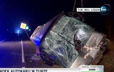 У Польщі перекинувся автобус з українцями, є жертви