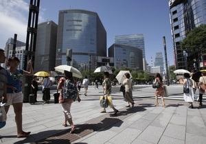 Япония страдает от жары и готовится к тайфуну