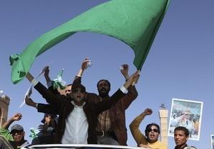 Каддафи призвал защитников Сирта не сдаваться