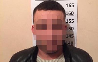 У Києві затримали банду, яка грабувала людей під виглядом таксистів