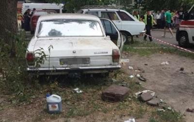 На улицах Киева насчитали почти 600 брошенных авто