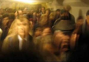 Движение поездов на зеленой ветке киевского метро восстановлено