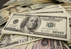 Доллар на межбанке продолжает падать