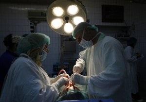 Попавший в сеть ролик об использовании хирургом строительной дрели привел к скандалу