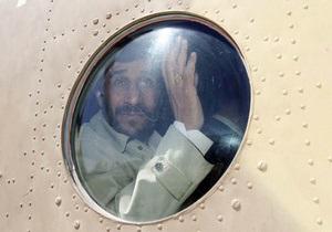Иранские спецслужбы задержали предполагаемого шпиона возле вертолета Ахмадинеджада