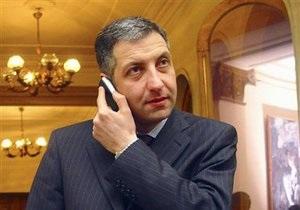 Экс-премьер Грузии: Взрыв памятника в Кутаиси сорвал переговоры об авиасообщении с РФ