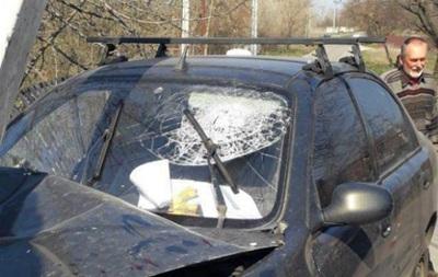 У Дніпрі автомобіль влетів в електроопору