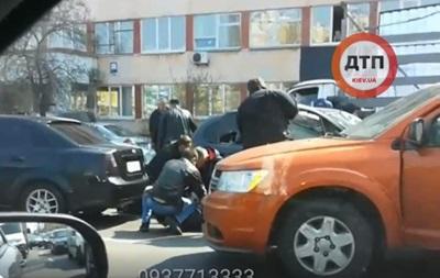 У Києві поліція жорстоко брала злодіїв - соцмережі