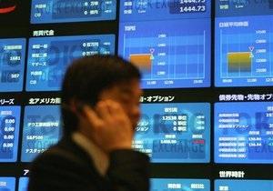 Китайские акции дешевеют, японские – растут в цене