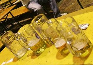 В Кабмине намерены изменить правила торговли алкоголем, запрещая местным властям ограничивать его продажу