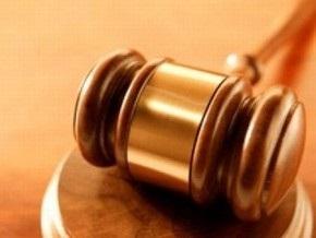 Жена заммэра Вишневого, задержанного за взятку в 2,5 миллиона гривен, устроила драку в суде