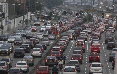 Киев парализовали пробки: 14 аварий