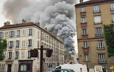 У Парижі спалахнула пожежа біля Версаля