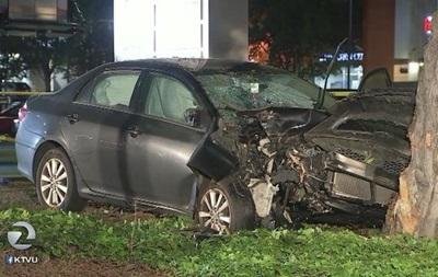 У США автомобіль врізався в пішоходів - ЗМІ