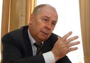 В Донецке ветераны и чернобыльцы освистали выступление депутата Рыбака о социнициативах Януковича