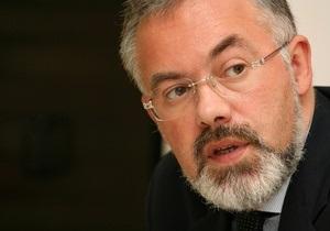 Кабмин принял предложение ведомства Табачника и реорганизовал Институт украиноведения