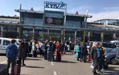 У Києві  мінують  аеропорт вдруге за тиждень