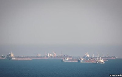 Біля Керченської протоки велике скупчення кораблів - ЗМІ