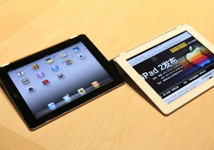 Apple продала 500 тысяч планшетов iPad 2, первым покупателем стал россиянин