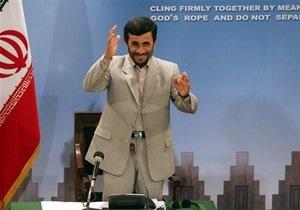 Ахмадинеджад: Иран отрубит руки любому, кто попытается на него напасть