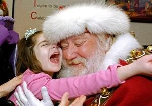 Санта Клаус получил около десяти тысяч писем из Украины