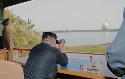 КНДР совершила запуск неизвестных снарядов