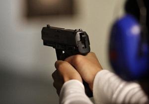 В Москве с огнестрельным ранением госпитализирован директор группы Чай вдвоем