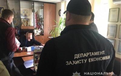 На Херсонщині голова територіальної громади вимагав хабар у 100 тисяч