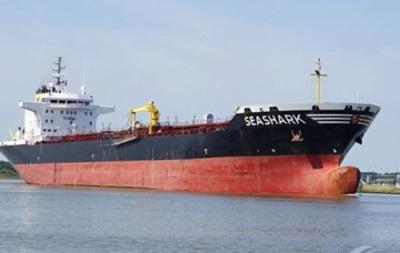 Военные Египта задержали танкер с украинцами