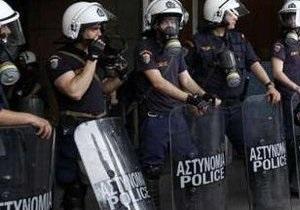 В Греции бастующие учителя захватили студию государственного телевидения