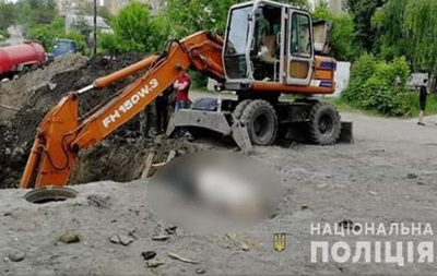 У Харківській області аварія на колекторі, є жертви