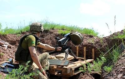 На Донбасі за добу поранений один боєць