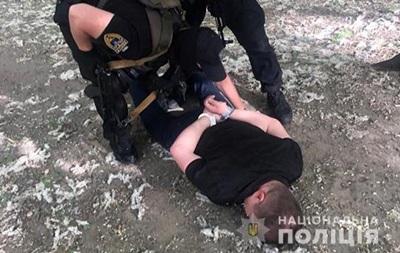 У Києві під час отримання $100 тисяч затримали шантажистів держчиновника