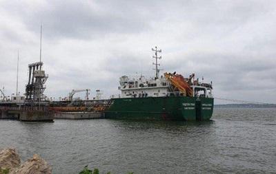 В Николаевский порт завезли контрабандной нефти на 183 млн грн