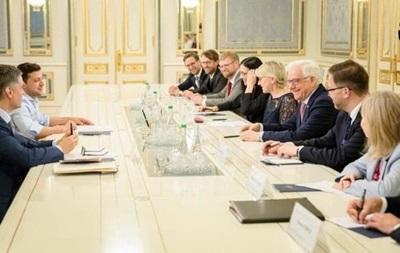 Зеленский на текущей неделе проведет встречи сглавами МИД четырех стран— Климкин